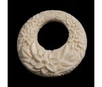 Кулон роза мамонтовая кость