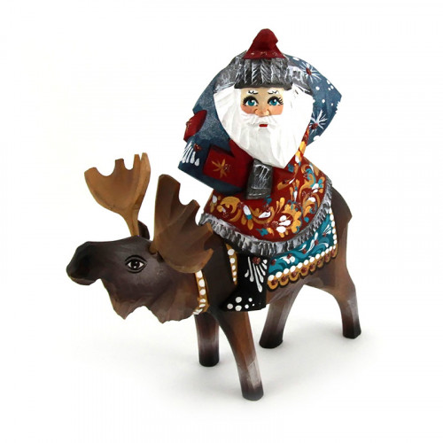 Деревянный Дед Мороз на олене