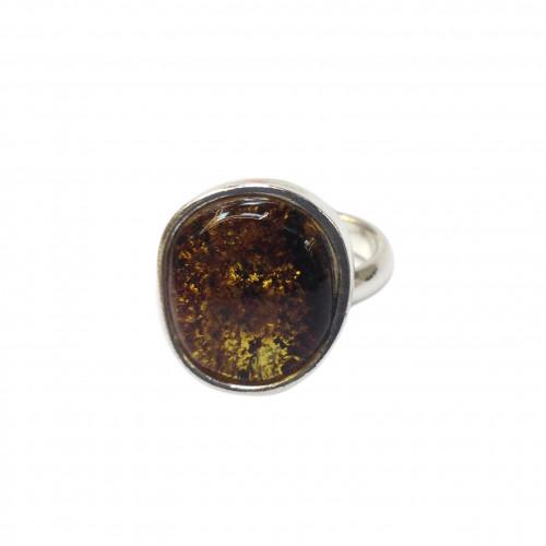 Кольцо из янтаря, зеленый янтарь