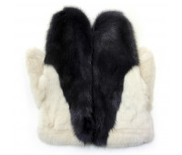 Mittens made of mink fur