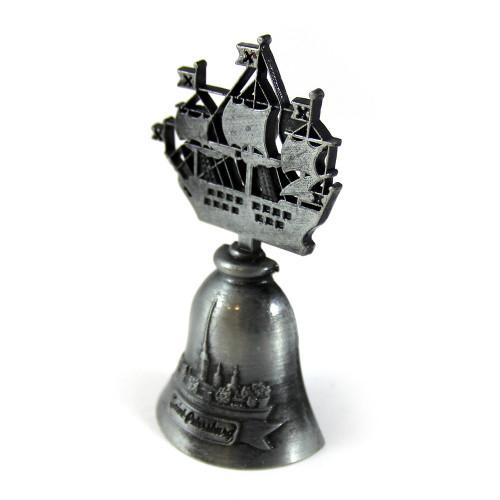 """Магнит-колокольчик """"Кораблик Адмиралтейства"""""""
