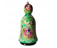 Куколка резная в цветочном стиле